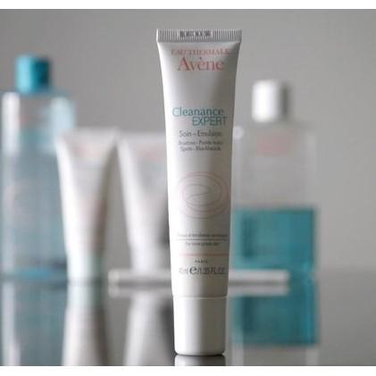 Kem Giảm Mụn Avène Triacneal Expert Emulsion (30ml)